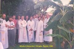 II.-009-Wizyta-O.Generaa-J.-Chrapka-Ñemby-1988-Medium