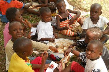 Kolonie wakacyjne na misjach w Kamerunie
