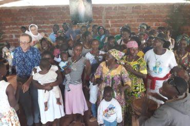 Spotkanie  z dziećmi w Nkolbana (Kamerun)