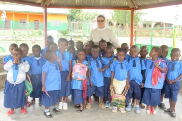 Nowy rok szkolny na misji Betaré – Oya w Kamerunie