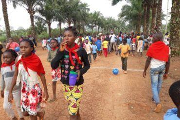 Pielgrzymka dzieci w Kamerunie